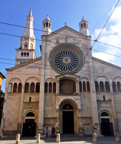 Duomo di Modena, Piazza Grande